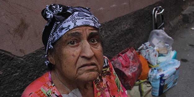 7 çocuk annesi 75 yaşındaki yaşlı kadın hastane çıkışı yakını tarafından sokağa atıldı