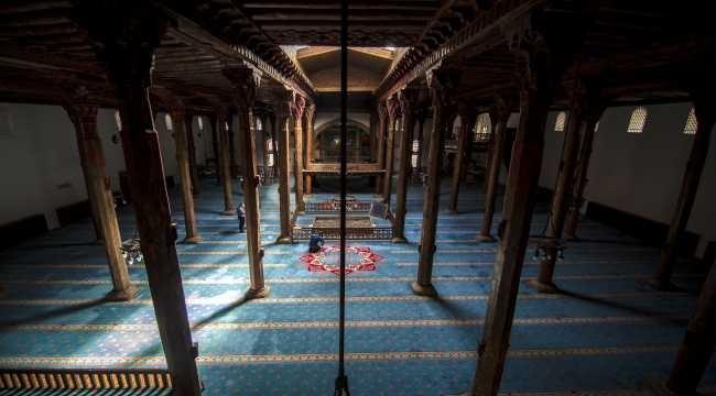 700 yıllık cami, tarihte yolculuğa çıkarıyor