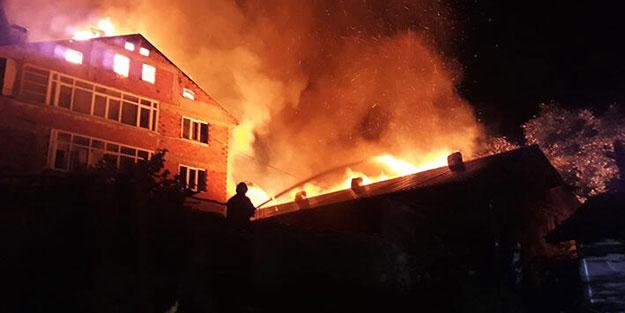 8 yıl sonra 3 katlı ev yine yandı