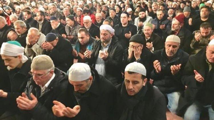 90 BİN CAMİDE MEHMETÇİK'E ZAFER DUASI