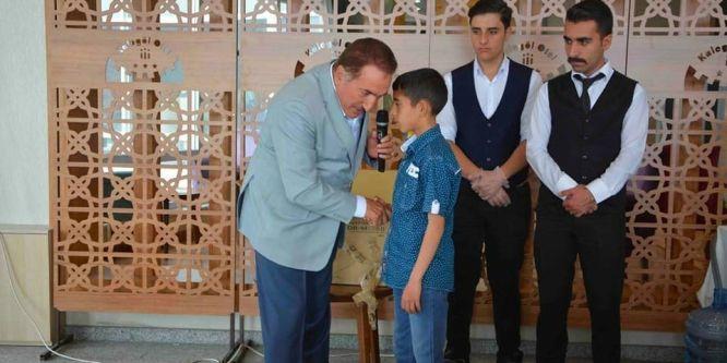 Başkan Akdemir'den gençlere övgü