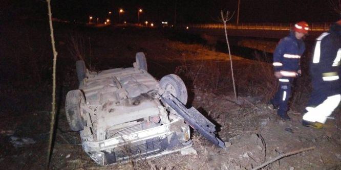 Sakarya'da otomobil takla attı!
