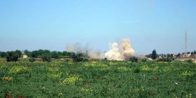 Esed rejimi, tarihi kenti bombaladı