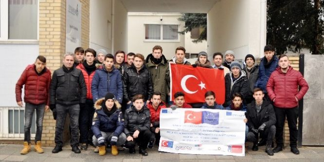 Sakaryalı öğrenciler Almanya'ya geldi!