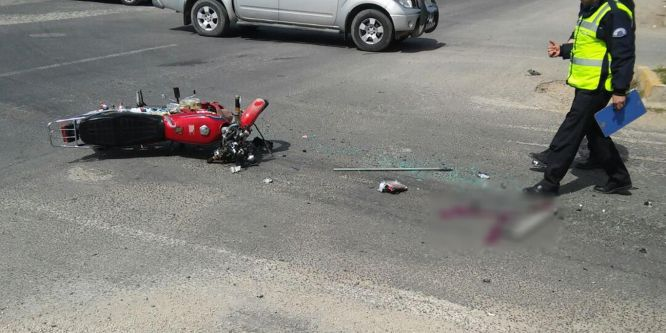 Otomobil ile motosiklet çarpıştı: 1 yaralı