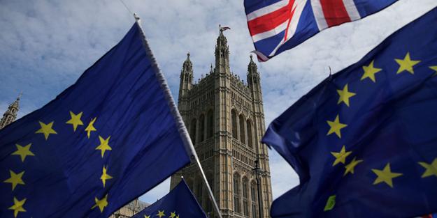 AB ile İngiltere yeni Brexit tarihlerinde uzlaştı