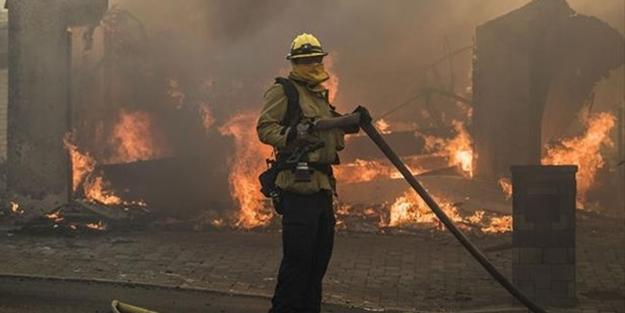 ABD alev alev yanıyor! Binlerce kişi tahliye edildi