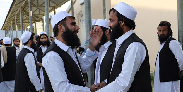 ABD ile anlaştılar! Onlarca Taliban mensubu serbest bırakıldı