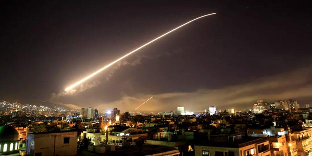 ABD, İngiltere ve Fransa'dan, Suriye topraklarına yeni saldırı hazırlığı