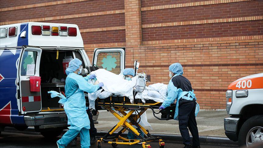 ABD nisan ayında 'koronavirüs kabusunu' yaşadı
