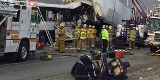 ABD'de feci kaza: 13 ölü, 31 yaralı