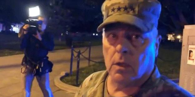 ABD'de kaosu körükleyen hamle! Genelkurmay Başkanı sokakta