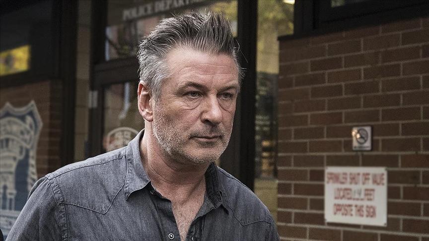 ABD'li aktör Baldwin film setinde kullandığı silahı ateşledi: 1 ölü, 1 yaralı