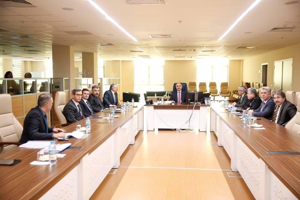 Acil Çağrı Merkezleri İl Koordinasyon Kurulu Toplantısı Vali Günaydın'ın Katılımıyla Yapıldı