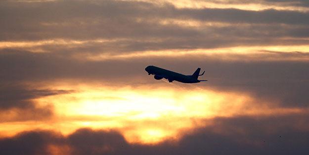 Acil iniş esnasında uçak alev aldı: 41 ölü