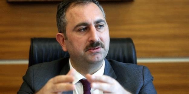 Adalet Bakanı Gül tüm konulara tek tek açıklık getirdi