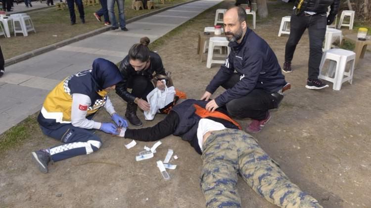 Adana'da adliye yakınında çatışma! Yaralılar var