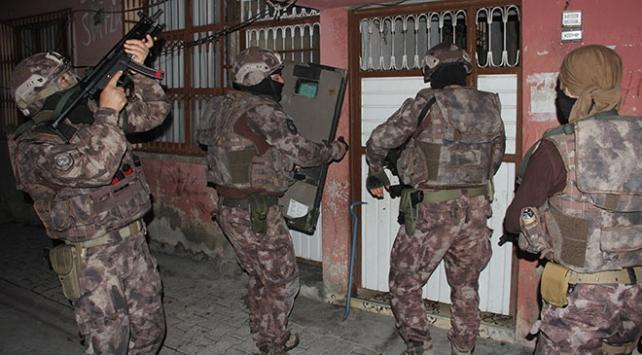 Adana'da DEAŞ operasyonu: 12 kişi gözaltında
