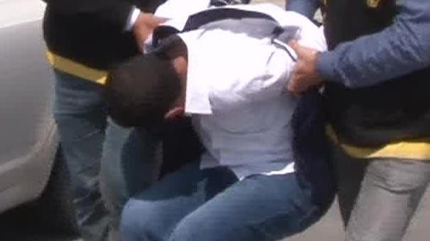 Adana'da hırsız yatak altında yakalandı