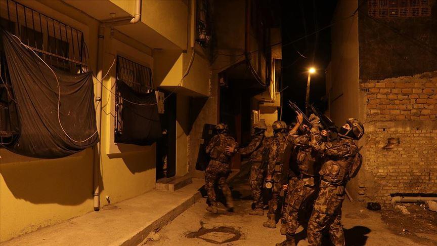 Adana'da şafak vakti DEAŞ ve El Kaide operasyonu