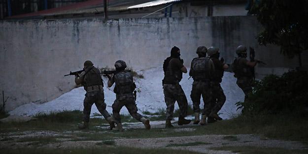 Kentte şafak vakti flaş operasyon! Terör örgütünün sözde istihbaratçıları ve savaşçıları yakalandı