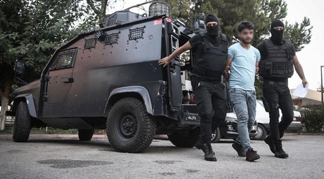 Adana'da terör operasyonu: 10 kişi gözaltına alındı