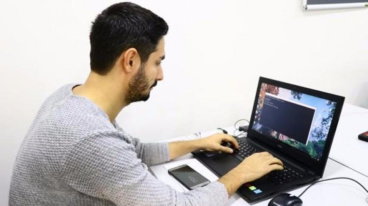 Adana'da ürettiği yazılımla hırsızı yakalattı