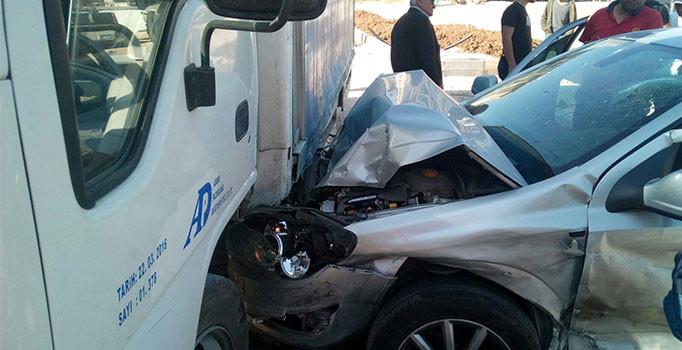 Adana'da zincirleme trafik kazası: 3 kişi yaralı