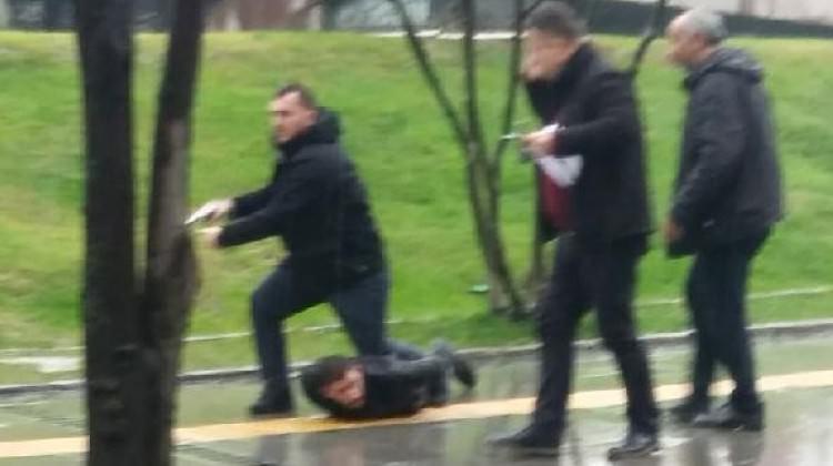 Adapazarı'nda silahlı saldırı sonrası polisten kaçamadı!