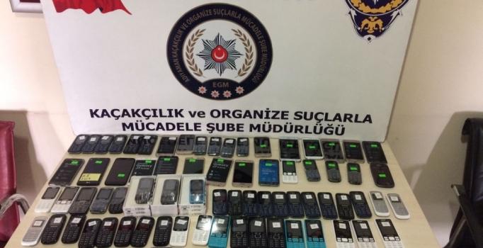 Adıyaman'da 105 kaçak cep telefonu ele geçirildi