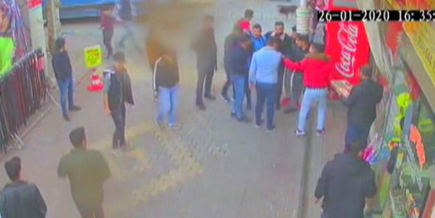 Adıyaman'da dehşet veren anlar! Tartıştığı kişiyi sokak ortasında döner bıçağıyla kovaladı