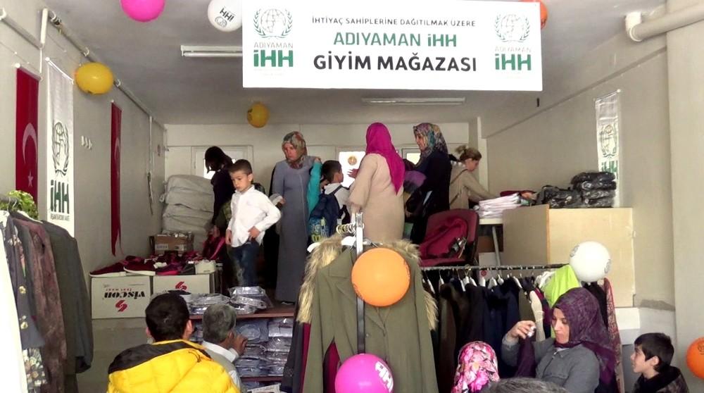 Adıyaman'da ihtiyaç sahipleri için ücretsiz mağaza açıldı