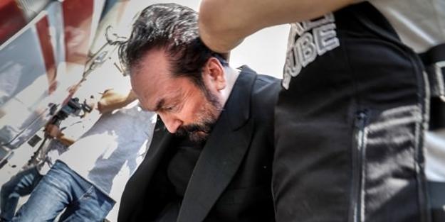 Adnan Oktar davasında kritik karar!