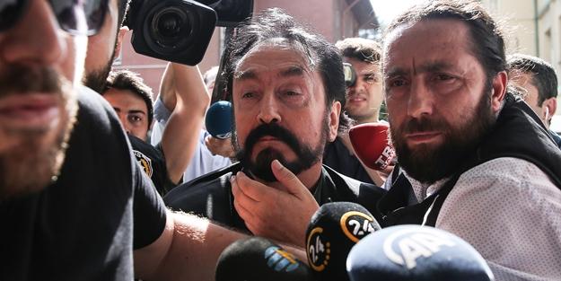 Adnan Oktar davasından 'Ev hapsi' kararı çıktı