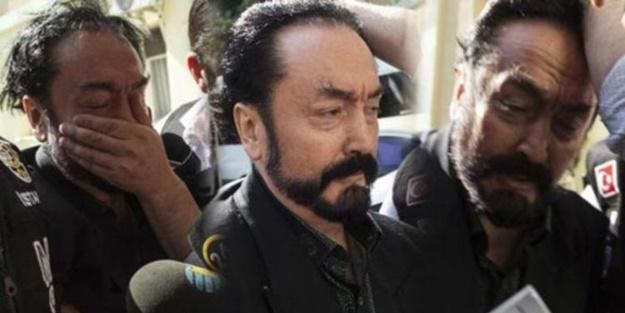 Adnan Oktar suç örgütünden skandal propaganda! 'Mehdi' tutuklandı depremler başladı iması