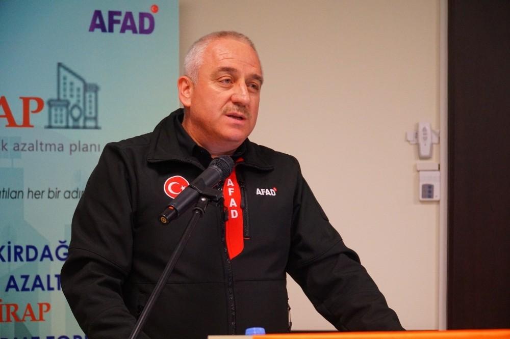 """AFAD Başkan Yardımcısı Palakoğlu: """"Afet ülkesinde yaşıyoruz"""""""