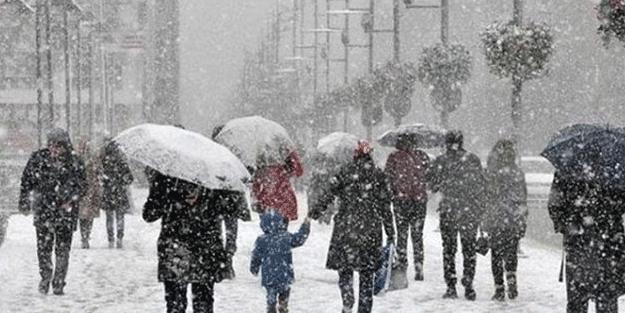AFAD, aralarında İstanbul'un da bulunduğu 8 ili uyardı: Yoğun kar yağışı geliyor