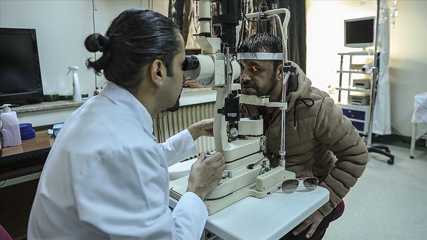 Afgan askerin karanlık dünyasına Türk hekimler ışık oldu