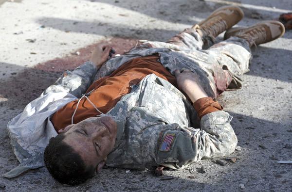 Afganistan'da ABD üniformalı teröristler öldürüldü!