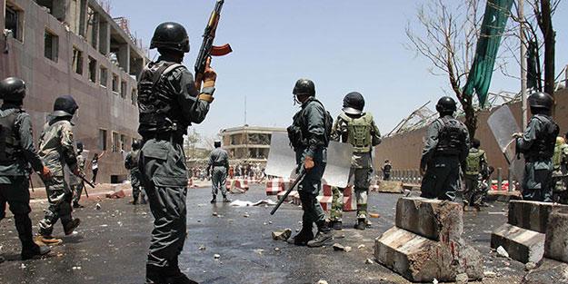 Afganistan'da bombalı araçla saldırı! 1 ölü