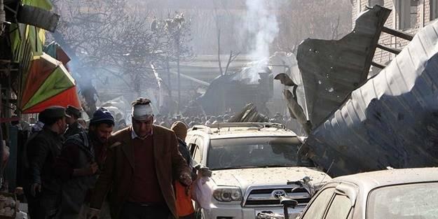 Afganistan'da bombalı saldırı: Ölüler var