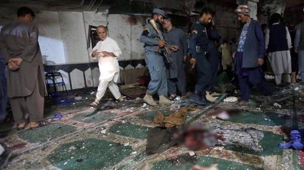 Afganistan'da camiye terör saldırısı!