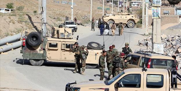 Afganistan'da silahlı saldırı: Çok sayıda ölü var