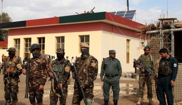 Afganistan'da Taliban saldırısı: 3 polis öldü, 2 polis yaralı