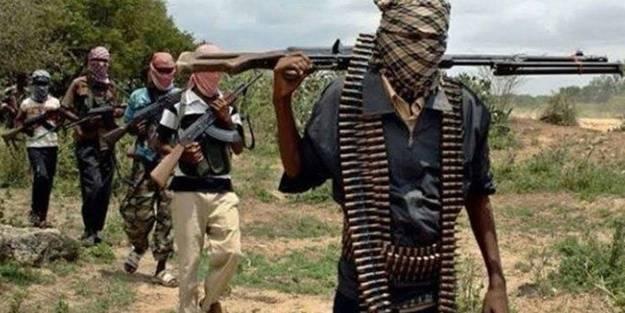 Afrika ülkesi kana bulandı: Çok sayıda ölü var