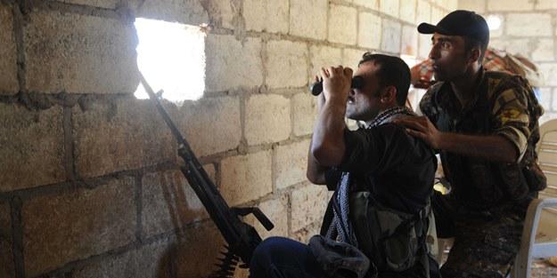 Afrin'de siviller YPG ile çatışmaya başladı!