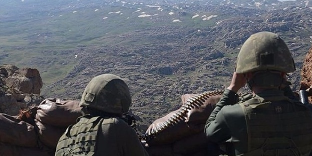 Afrin'den kaçan teröristler sıkıştı... Orada 5-6 hain kaldı