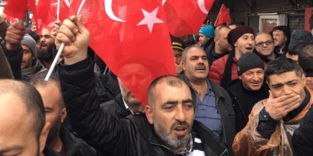 Afrin'e gönüllü gitmek için toplandılar! Onlarca kişi...