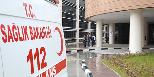 Afyonkarahisar'da kaza! 1 kişi öldü, 2 kişi yaralandı