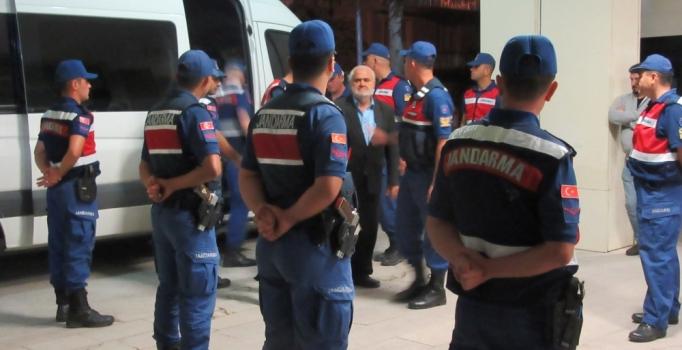 Afyonkarahisar'da silah kaçakçılığı operasyonuna 16 tutuklama